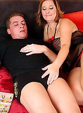 32 year old mature Josefa sucks and fucks a throbbing hard cock
