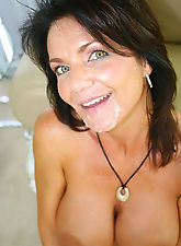 This is what it is milf about...fucking hot moms.